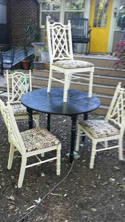 Dining Set $195 I'm not crazy about this table but I love these faux bamboo chairs - I think they'd be fabulous with different fabric. View on Craigslist
