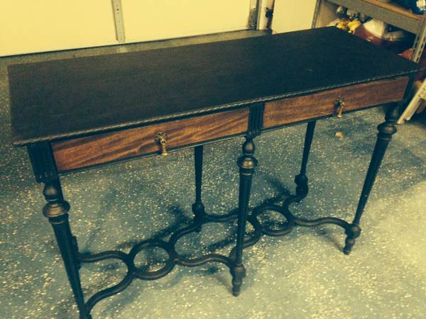 Entry Table     $95     View on Craigslist