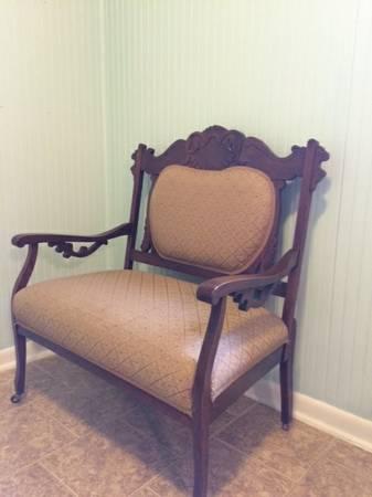 Antique Settee     $150     View on Craigslist