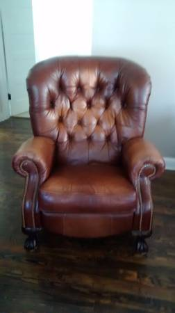 Leather Recliner     $115     View on Craigslist