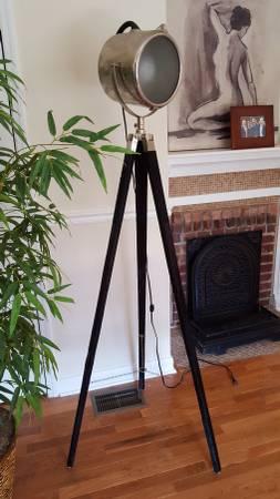 Tripod Floor Lamp     $100     View on Craigslist