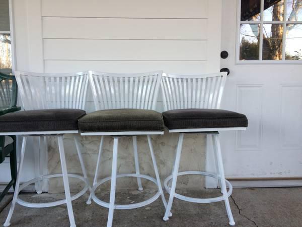 Set of Barstools     $90     View on Craigslist