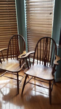 Pair of Chairs     $40     View on Craigslist