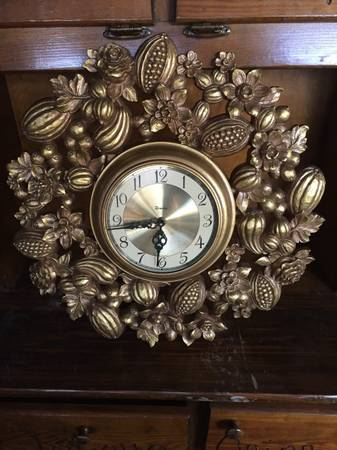 Vintage Clock     $15     View on Craigslist