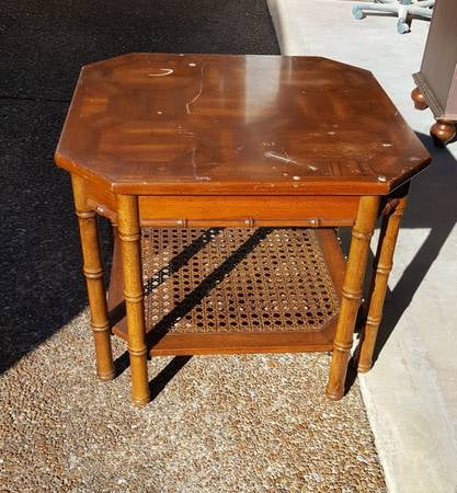 Faux Bamboo Side Table     $15   This would look great with a coat of paint.    View on Craigslist