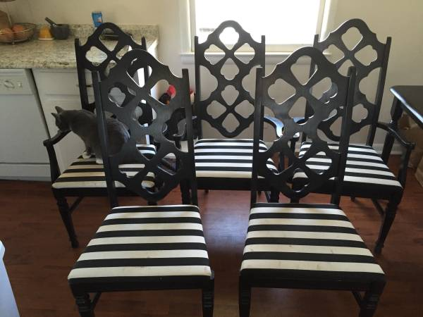 Set of Dining Chairs     $125     View on Craigslist