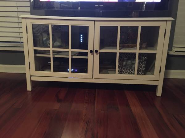 Threshold TV Stand     $100   Originally retailed at Target $229.    View on Craigslist