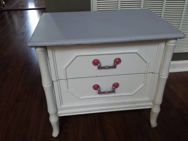 Nightstand/Side Table $40 View on Craigslist