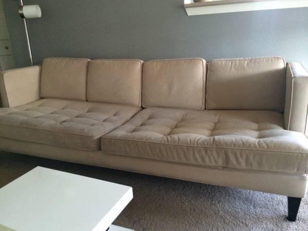 Sofa     $400     View on Craigslist