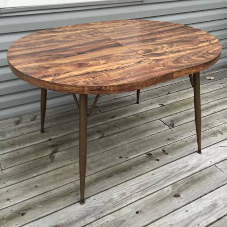 Mid Century Table     $50     View on Craigslist