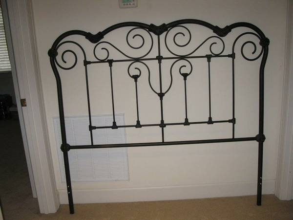 Queen Headboard     $60     View on Craigslist