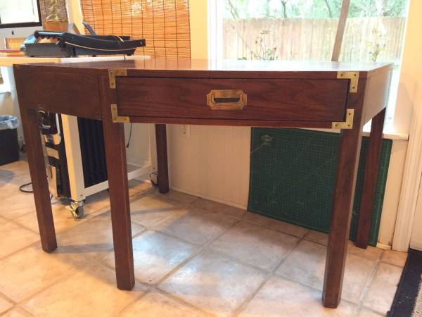Corner Desk     $65     View on Craigslist