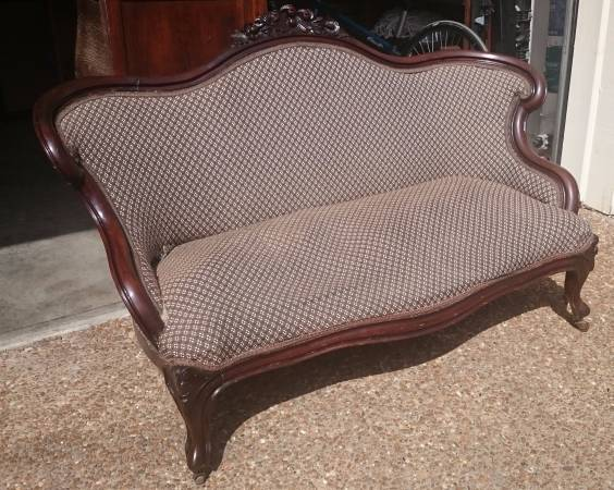 Antique Sofa     $100     View on Craigslist