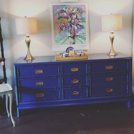 Thomasville Faux Bamboo Dresser     $325   I love this piece!    View on Craigslist