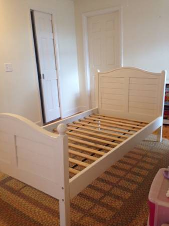 Land of Nod Twin Bed     $150     View on Craigslist
