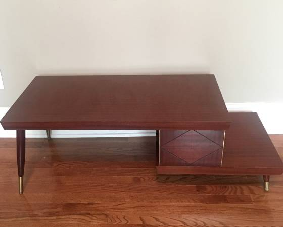 Mid-Century Coffee Table     $125     View on Craigslist