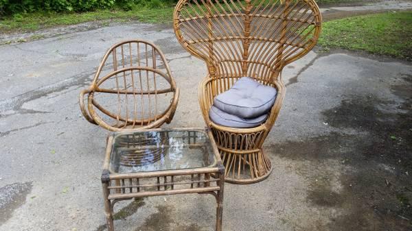 Wicker/Rattan Furniture $25 View on Craigslist