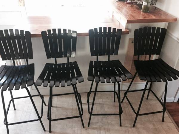 Set of 4 Vintage Stools     $100     View on Craigslist