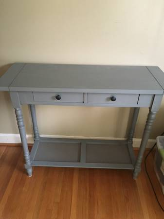 Gray Accent Table     $40     View on Craigslist