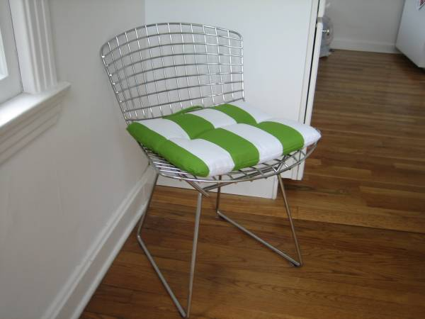 Pair of Wire Chairs     $50     View on Craigslist