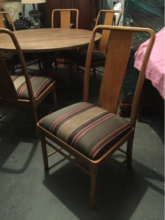 Set of Thomasville Dining Chairs     $200   These chairs would look totally updated with the seats recovered.     View on Craigslist