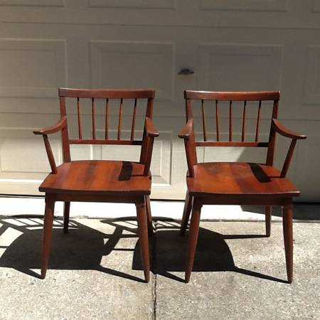 Pair of Mid-Century Chairs     $100     View on Craigslist