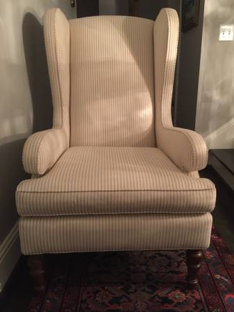Mitchell Gold + Bob Williams Chair     $675   This chair retailed for $1400 and is in like new condition.    View on Craigslist