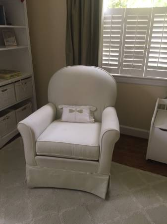 Nursery Chair     $30     View on Craigslist