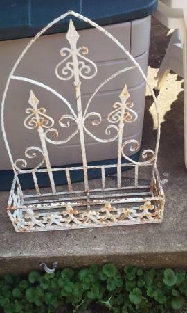 Vintage Metal Window Box     $25     View on Craigslist