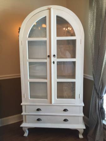 Arched Cabinet     $275     View on Craigslist