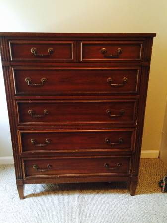 Chest of Drawers     $100     View on Craigslist