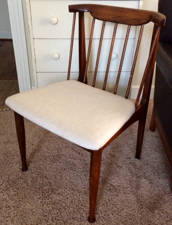 Set of Mid-Century Dining Chairs $275 View on Craigslist
