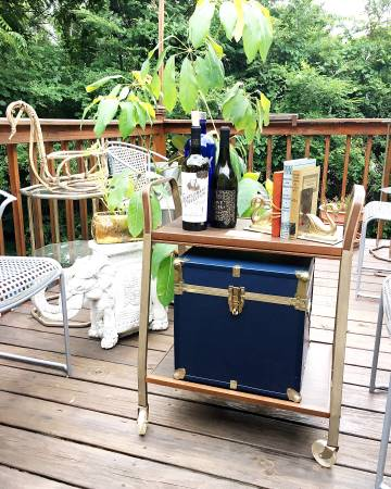 Vintage Bar/Media Cart     $20   This is a great deal and really practical.     View on Craigslist