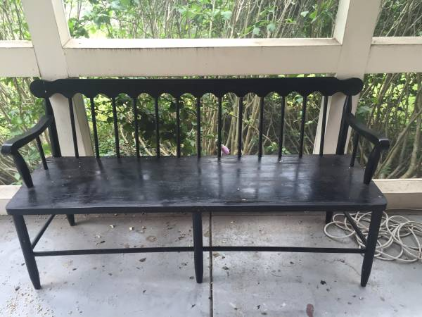 Bench     $70     View on Craigslist