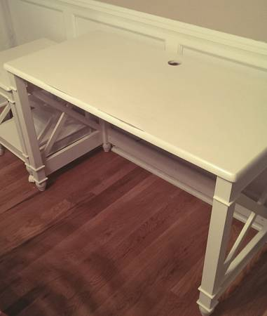 Desk $60 View on Craigslist