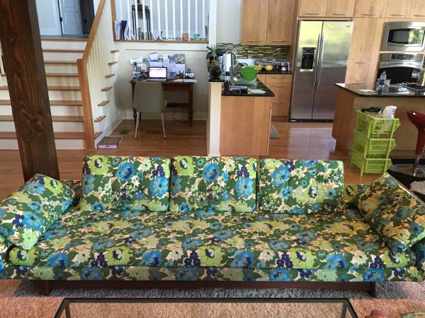 Vintage Floral Sofa $600 Isn't this a fun piece! View on Craigslist
