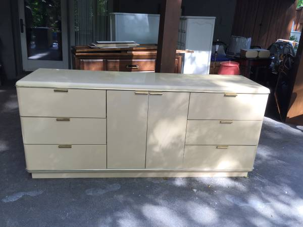 Buffet/Console     $125     View on Craigslist