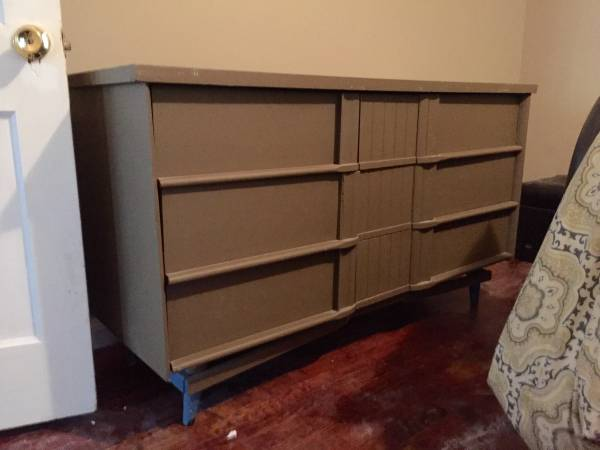 Mid Century Dresser $50 View on Craigslist
