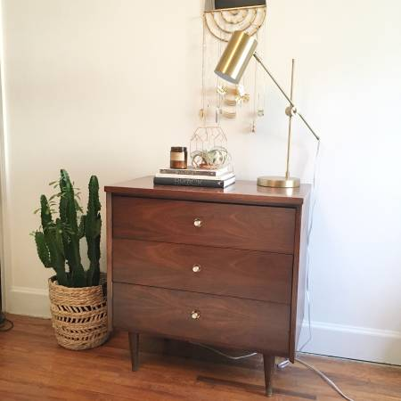 Mid-Century Chest     $125     View on Craigslist