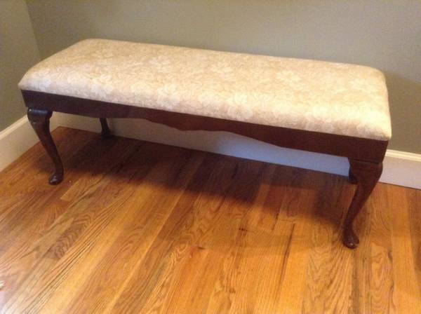 Bench     $20   This would be perfect at the end of the bed and would be easy to recover.     View on Craigslist