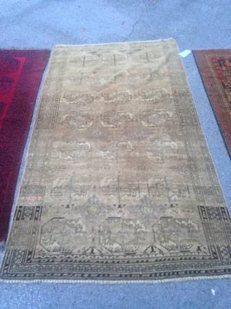 Antique Shikara Rug     $415     View on Craigslist