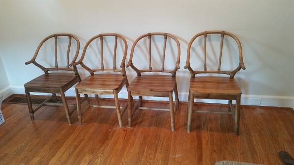 Set of 4 Wishbone Style Chairs     $350     View on Craigslist