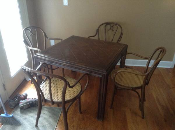 Table and Chairs     $50   This is a great project set!    View on Craigslist