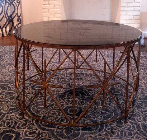 Coffee Table     $300     View on Craigslist