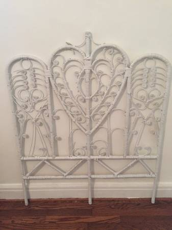 Twin Wicker Headboard     $100     View on Craigslist