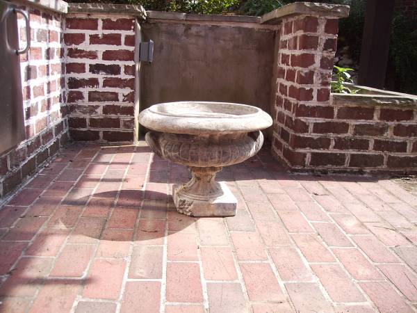 Patio Planter     $10     View on Craigslist
