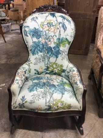 Antique Floral Chair $165 View on Craigslist