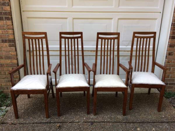 Set of Four Chairs $100 View on Craigslist