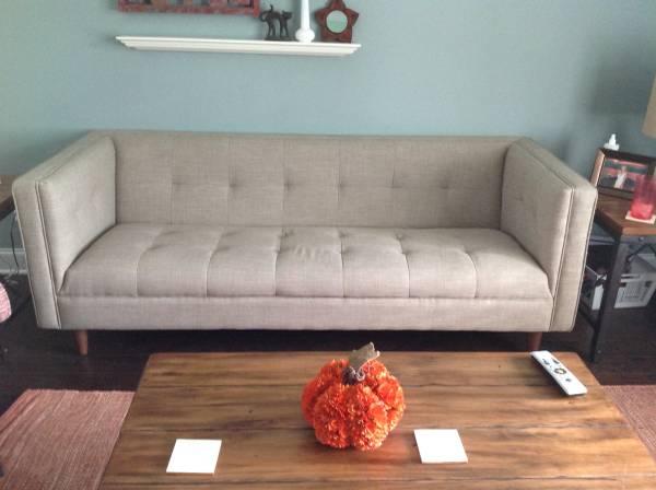 Modern Tufted Sofa $500 View on Craigslist
