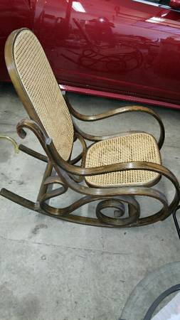 Bentwood Rocker     $15     View on Craigslist